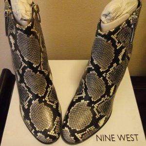 (Nine West) Niomi Snakeskin-Embossed Ankle Boots